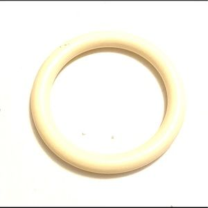 Vintage white plastic bangle bracelet